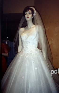 Bride Mannequins copyrighted by fashionwindows.com